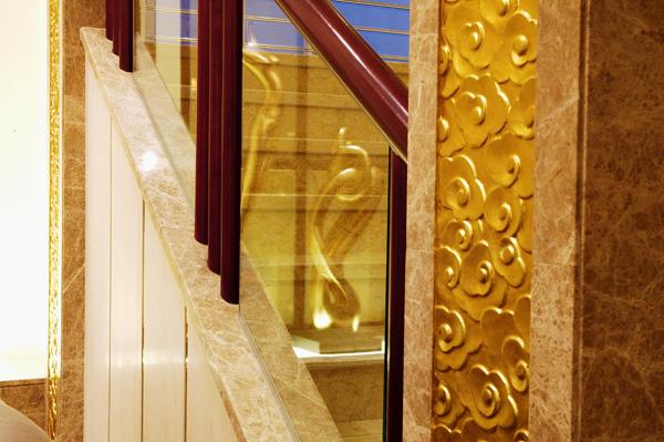 上海别墅装修-楼梯入口实景图