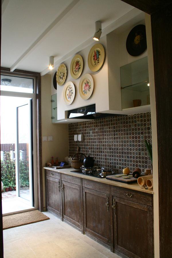 南亚风格别墅设计-厨房实景效果图