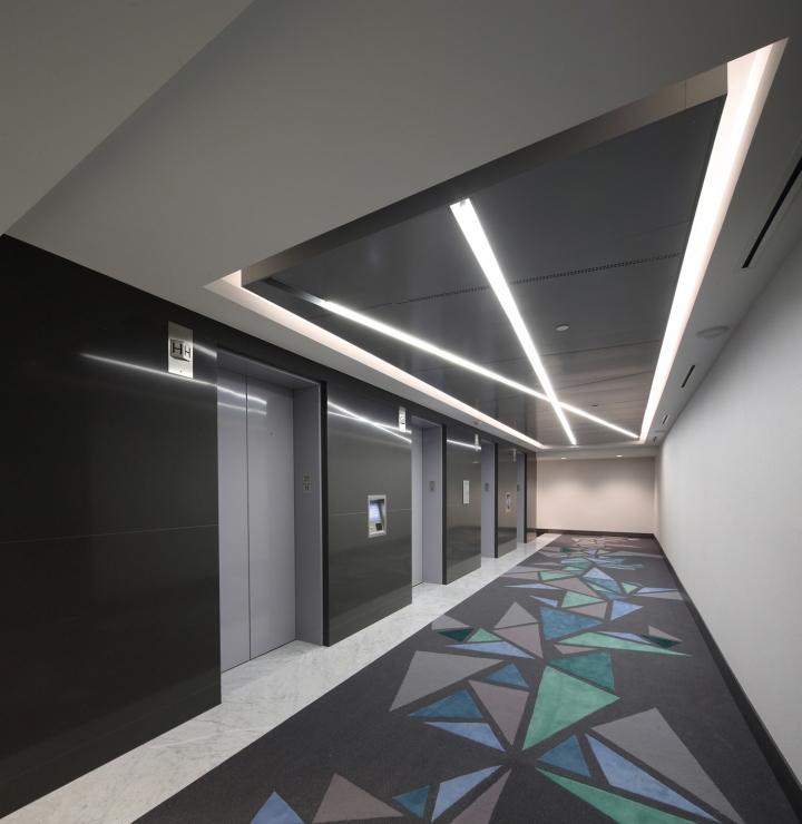 写字楼内公共区域装修效果图-电梯口实景图6