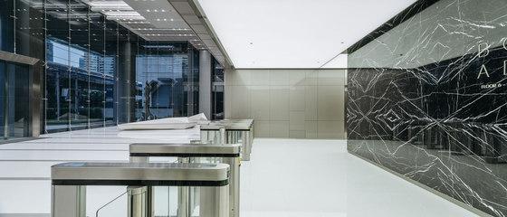 上海写字楼装�_写字楼装修设计亚洲AIA大厦实景图_鸿钰幻维国际设计|上海鸿钰幻